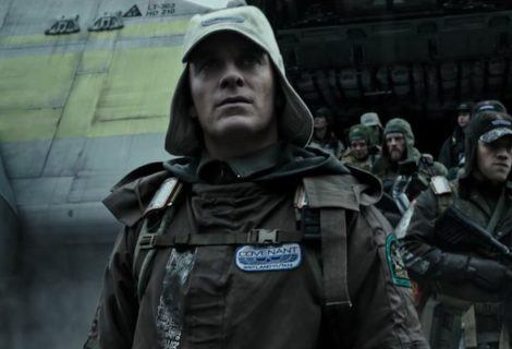 REVIEW: Great Ideas Lost in the Rehash of <i>Alien: Covenant</i>