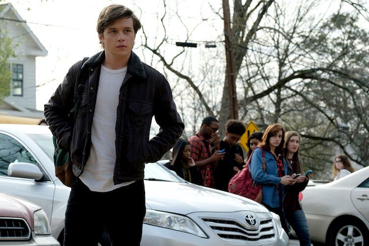 REVIEW: Love, Simon Comes Out Gently