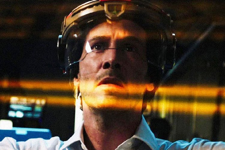 REVIEW: Dumb Sci-Fi Replicas