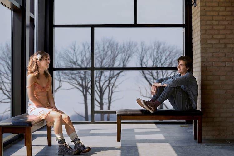 REVIEW: Teen Romance Five Feet Apart