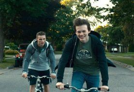 REVIEW: Coming-of-Age Drama <i>Giant Little Ones</i>