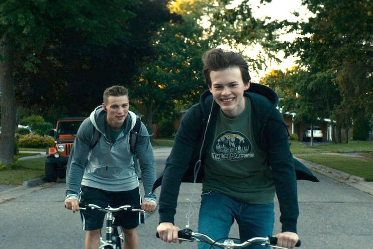 REVIEW: Coming-of-Age Drama Giant Little Ones